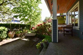 Photo 2: 1842 E 2ND Avenue in Vancouver: Grandview VE 1/2 Duplex for sale (Vancouver East)  : MLS®# R2273014