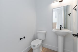 Photo 24: 7853 8a Avenue SW in Calgary: West Springs Detached for sale : MLS®# A1120136