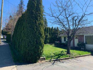 Photo 2: 17868 60 Avenue in Surrey: Cloverdale BC House for sale (Cloverdale)  : MLS®# R2563954