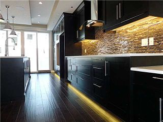 Photo 8: 3022 29 Street SW in CALGARY: Killarney_Glengarry Residential Attached for sale (Calgary)  : MLS®# C3599839
