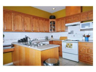 """Photo 4: 24 11358 COTTONWOOD Drive in Maple Ridge: Cottonwood MR Townhouse for sale in """"CARRIAGE LANE"""" : MLS®# V820880"""