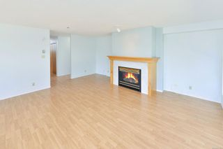 Photo 8: 207 3009 Brittany Dr in : Co Triangle Condo for sale (Colwood)  : MLS®# 877239