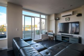 """Photo 9: 2002 668 COLUMBIA Street in New Westminster: Downtown NW Condo for sale in """"Trapp + Holbrook"""" : MLS®# R2419627"""