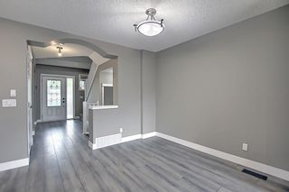 Photo 13: 105 Prestwick Heights SE in Calgary: McKenzie Towne Detached for sale : MLS®# A1126411