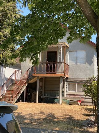 Main Photo: 2120 NANAIMO Street in Vancouver: Renfrew VE House for sale (Vancouver East)  : MLS®# R2602343
