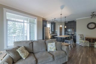 """Photo 7: 410 2038 SANDALWOOD Crescent in Abbotsford: Central Abbotsford Condo for sale in """"THE ELEMENT"""" : MLS®# R2185056"""