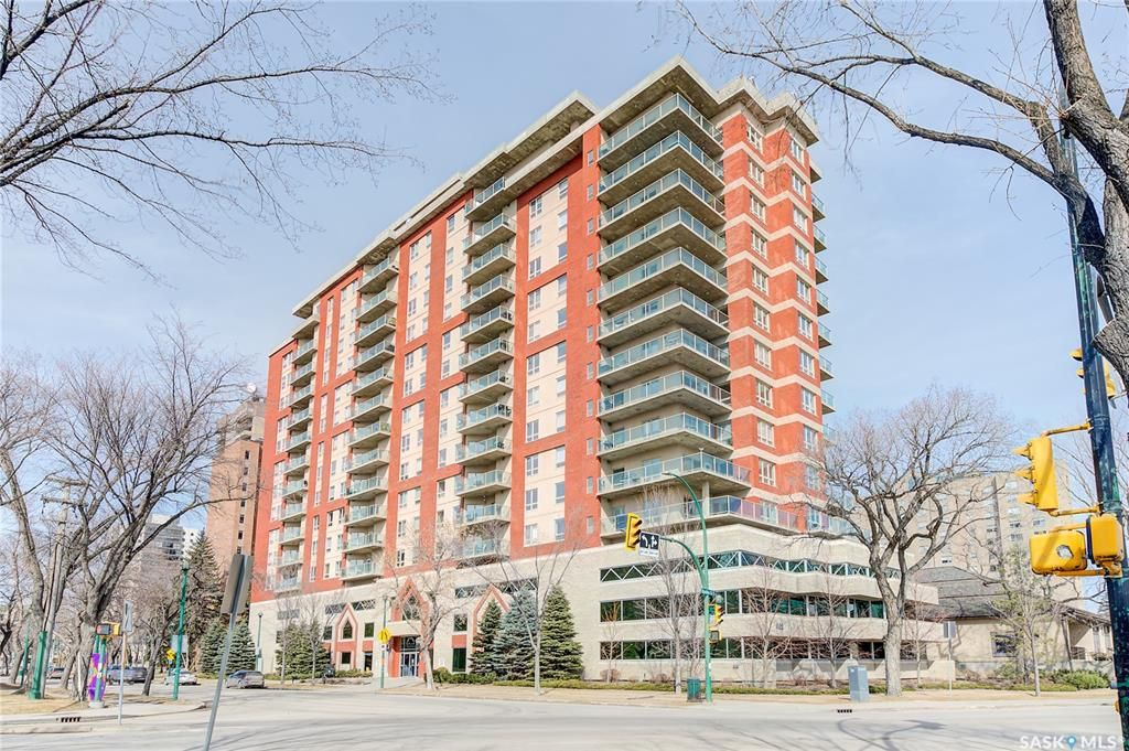 Main Photo: 605 902 Spadina Crescent East in Saskatoon: Central Business District Residential for sale : MLS®# SK846798
