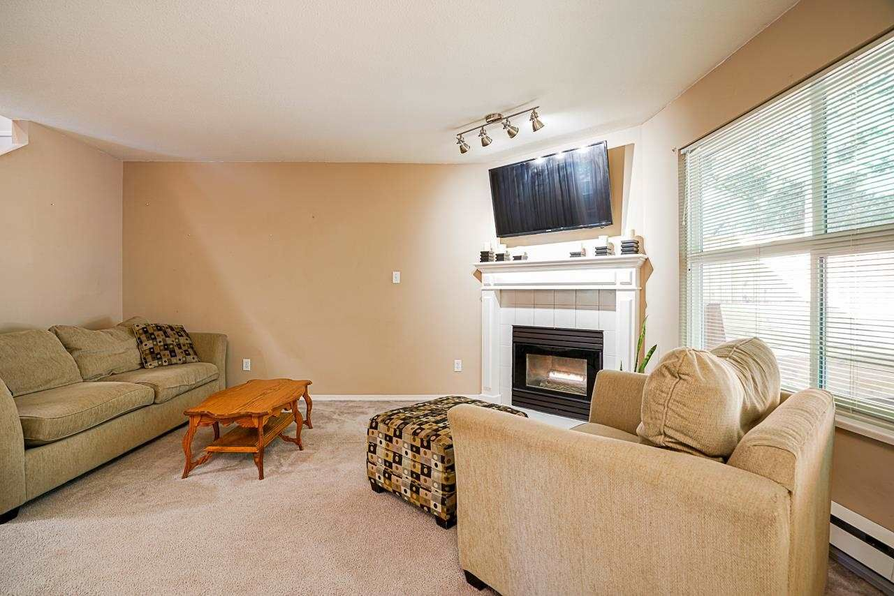 """Photo 14: Photos: 48 36060 OLD YALE Road in Abbotsford: Abbotsford East Townhouse for sale in """"Mountain View Village"""" : MLS®# R2586333"""