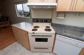 Photo 14: 214 LeBleu Street in Coquitlam: Home for sale : MLS®# V875007