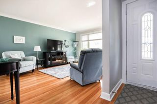 Photo 3: 17 Kenwood Place in Winnipeg: Norberry Residential for sale (2C)  : MLS®# 202111705