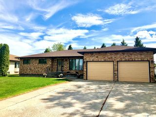 Photo 3: 537 Fir Crescent in Carrot River: Residential for sale : MLS®# SK846015