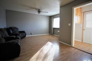 Photo 4: 623 St Mary Street in Esterhazy: Residential for sale : MLS®# SK830939