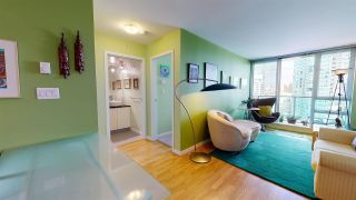 """Photo 6: 2206 788 HAMILTON Street in Vancouver: Downtown VW Condo for sale in """"TV TOWERS"""" (Vancouver West)  : MLS®# R2559691"""