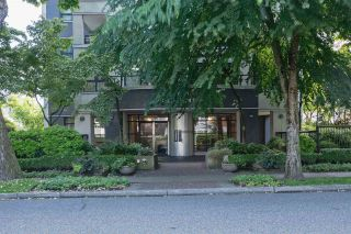 Photo 3: 804 1838 NELSON STREET in Vancouver: West End VW Condo for sale (Vancouver West)  : MLS®# R2473564