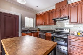 """Photo 9: 773 W 69TH Avenue in Vancouver: Marpole 1/2 Duplex for sale in """"FRONT 1/2 DUPLEX"""" (Vancouver West)  : MLS®# R2615290"""