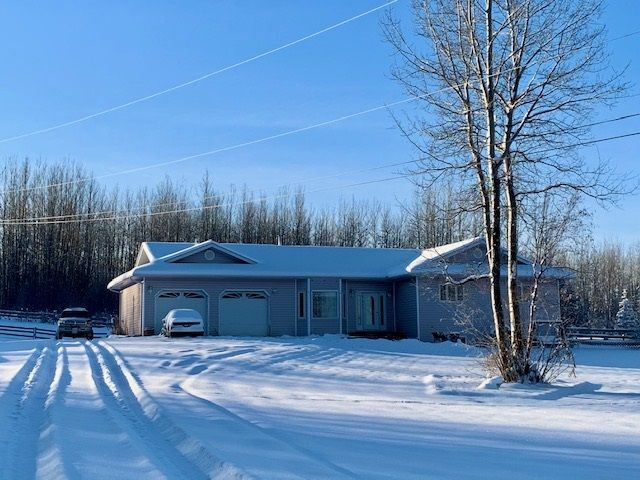 """Main Photo: 7 TAZMA Crescent in Fort Nelson: Fort Nelson - Rural House for sale in """"FEDIW"""" (Fort Nelson (Zone 64))  : MLS®# R2516211"""