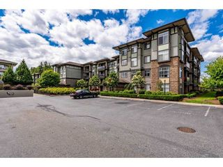 """Photo 29: 311 2068 SANDALWOOD Crescent in Abbotsford: Central Abbotsford Condo for sale in """"The Sterling"""" : MLS®# R2591010"""