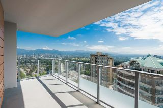 """Photo 14: 3101 5883 BARKER Avenue in Burnaby: Metrotown Condo for sale in """"ALDYNNE ON THE PARK"""" (Burnaby South)  : MLS®# R2372659"""