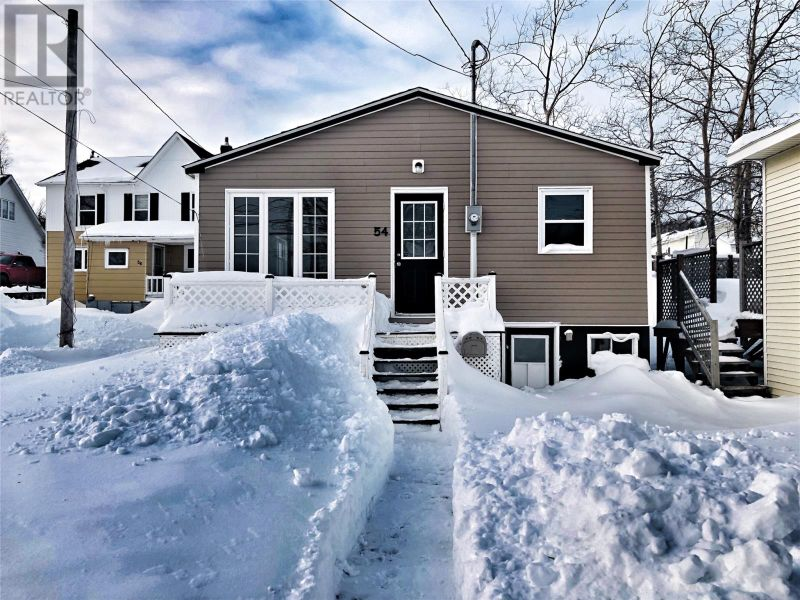 FEATURED LISTING: 54 Main Street Lewisporte