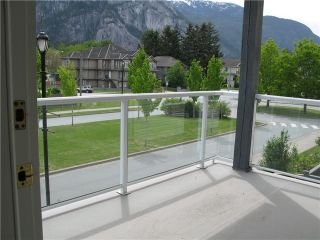 "Photo 10: 211 1203 PEMBERTON Avenue in Squamish: Downtown SQ Condo for sale in ""EAGLEGROVE"" : MLS®# V1064733"