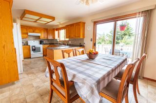 """Photo 2: 2942 BAKER Court in Prince George: Charella/Starlane House for sale in """"CHARELLA"""" (PG City South (Zone 74))  : MLS®# R2478362"""