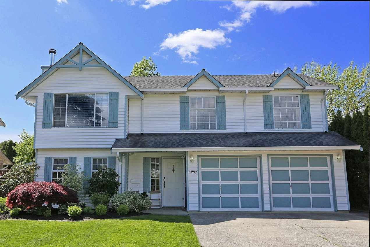 Main Photo: 6297 172A Street in Surrey: Cloverdale BC House for sale (Cloverdale)  : MLS®# R2476641