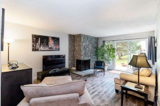 """Photo 4: 9573 WILLOWLEAF Place in Burnaby: Forest Hills BN Townhouse for sale in """"SPRING RIDGE"""" (Burnaby North)  : MLS®# R2462681"""