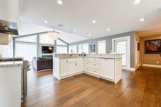 Photo 11: 758 WHEELER Road W in Edmonton: Zone 22 House for sale : MLS®# E4238532