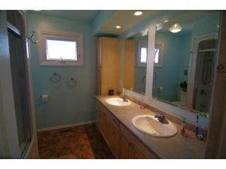 Photo 12: 127 Pentland Street in WINNIPEG: North Kildonan Residential for sale (North East Winnipeg)  : MLS®# 1107772