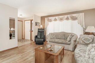 Photo 4: 3 SPRINGWOOD Bay in Steinbach: Southland Estates Residential for sale (R16)  : MLS®# 202115882