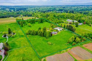 Photo 2: 385 240 Street in Langley: Campbell Valley House for sale : MLS®# R2577754