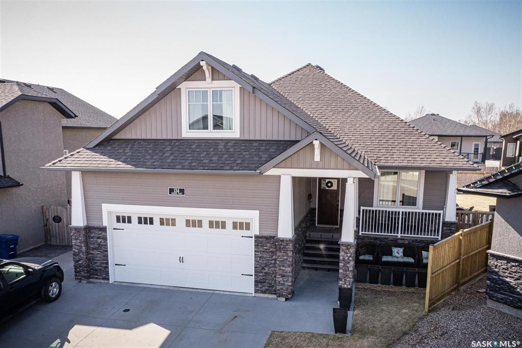 Main Photo: 134 Kinloch Place in Saskatoon: Parkridge SA Residential for sale : MLS®# SK851736