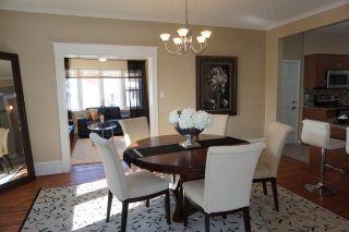 Photo 10: 208 Winchester Street in : Deer Lodge Single Family Detached for sale