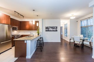 Photo 5: 109 101 MORRISSEY ROAD in Port Moody: Port Moody Centre Condo for sale : MLS®# R2138128
