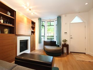 """Photo 8: 854 W 6TH Avenue in Vancouver: Fairview VW Townhouse for sale in """"BOXWOOD GREEN"""" (Vancouver West)  : MLS®# V904480"""