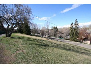 Photo 18: 310 SCARBORO Avenue SW in CALGARY: Scarboro Residential Detached Single Family for sale (Calgary)  : MLS®# C3424325