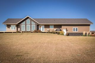 Photo 2:  in Wainwright Rural: Clear Lake House for sale (MD of Wainwright)  : MLS®# A1070824