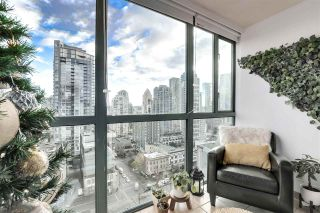 "Photo 7: 1606 1188 HOWE Street in Vancouver: Downtown VW Condo for sale in ""1188 HOWE"" (Vancouver West)  : MLS®# R2553877"