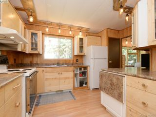 Photo 9: 3109 Cameron-Taggart Rd in COBBLE HILL: ML Cobble Hill House for sale (Malahat & Area)  : MLS®# 785077