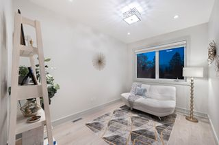 Photo 22: 16731 MCNAIR Drive in Surrey: Sunnyside Park Surrey House for sale (South Surrey White Rock)  : MLS®# R2602479