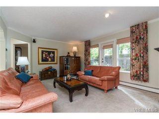 Photo 3: 10128 Third St in SIDNEY: Si Sidney North-East Half Duplex for sale (Sidney)  : MLS®# 712656