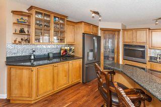 Photo 13: 57 ROYAL RIDGE Hill(S) NW in Calgary: Royal Oak House for sale : MLS®# C4145854