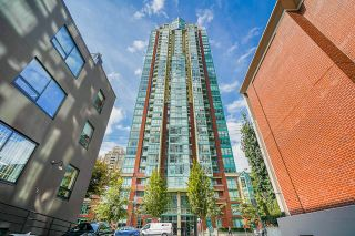 Photo 3: 2207 939 HOMER Street in Vancouver: Yaletown Condo for sale (Vancouver West)  : MLS®# R2617007