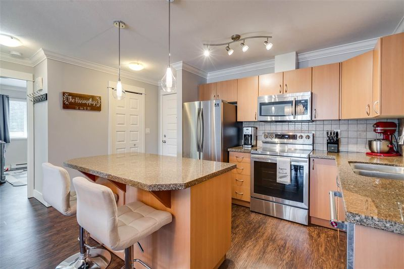 FEATURED LISTING: 408 - 2515 PARK Drive Abbotsford