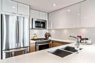 Photo 7: 1002 519 Riverfront Avenue SE in Calgary: Downtown East Village Apartment for sale : MLS®# A1125350