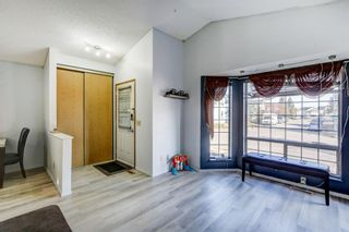Photo 12: 27 Martinwood Road NE in Calgary: Martindale Detached for sale : MLS®# A1095419