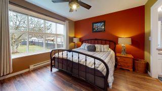 Photo 12: 5709 CASCADE Crescent in Sechelt: Sechelt District House for sale (Sunshine Coast)  : MLS®# R2520079