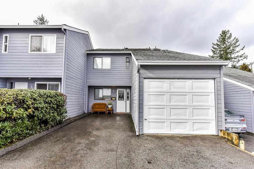 """Main Photo: 5 9958 149 Street in Surrey: Guildford Townhouse for sale in """"TALL TIMBERS"""" (North Surrey)  : MLS®# R2242472"""