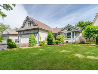 Photo 1: 4618 BENZ Crescent in Langley: Murrayville House for sale : MLS®# R2375927