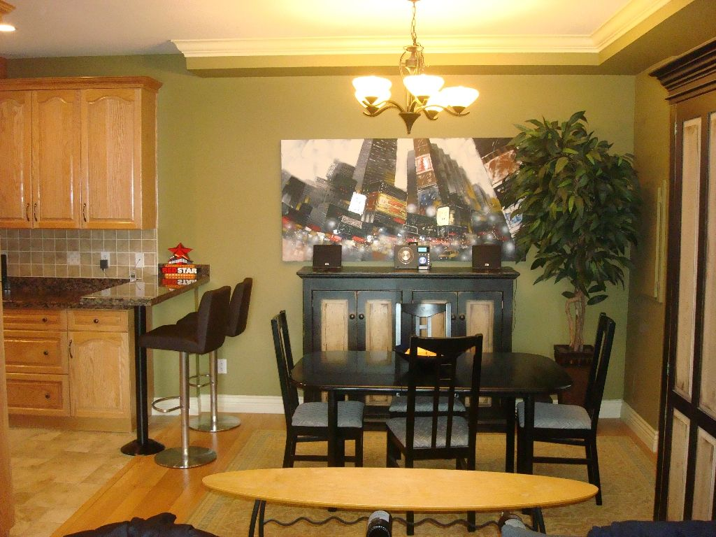 Photo 4: Photos: 1304 E 26TH Avenue in Vancouver: Knight 1/2 Duplex for sale (Vancouver East)  : MLS®# V882606